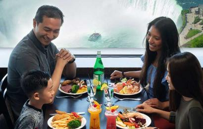 family dining at the Skylon Tower